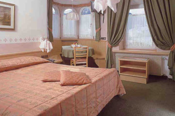 HOTEL ROSALPINA Soraga di Fassa (TN)